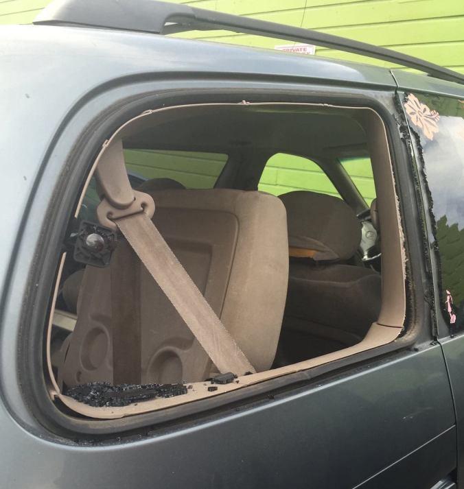 Car Theft Escape Parking: Smash-and-Grab Thefts Plague Good Life Parking Lot